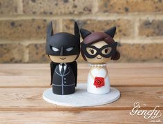 Batman and Catwoman cake topper  by Genefy Playground  https://www.facebook.com/genefyplayground