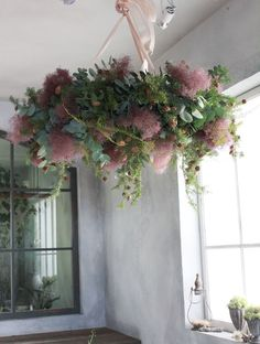 Smoke bush hanging centerpiece for sweetheart table (less Christmas-ey looking tho). Green Flowers, Love Flowers, Beautiful Flowers, Wedding Flowers, Deco Floral, Arte Floral, Sogetsu Ikebana, Flower Chandelier, Hanging Flowers