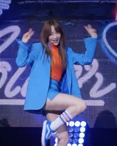 I really need to post here more regularly .  spinel cam . Member: hani Group: exid Song: night rather than day . #hani#exid#kpop#kpopfancam#girlgroup#girlgroupfancam#bts#exo#got7#monstax#apink#snsd#girlsgeneration#blackpink#mamamoo#ohmygirl#twice#gfriend