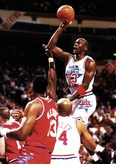 Mike Takes Flight, '91 All Star Game.