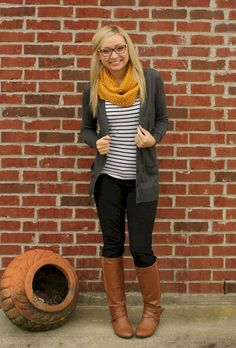 Awesome 32 Stunning Fall Outfits Style With Cardigan https://stiliuse.com/32-stunning-fall-outfits-style-with-cardigan