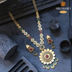 Bridal Necklace, Necklace Set, Gold Necklace, Gold Earrings Designs, Necklace Designs, Fashion Jewelry, Gold Fashion, Fashion Necklace, Antique Gold