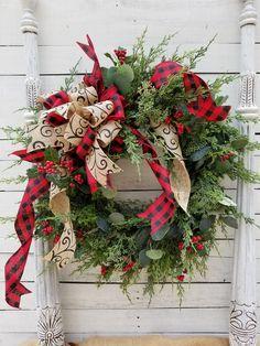 14 Rustic Farmhouse Christmas Home Decor Ideas Christmas Wreaths To Make, Plaid Christmas, Holiday Wreaths, Rustic Christmas, Christmas Home, Christmas Crafts, Christmas Quotes, Christmas Ideas, Christmas Inspiration
