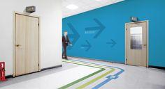 #Fleche #Bleu #Design #Couloir #Design #Entreprise