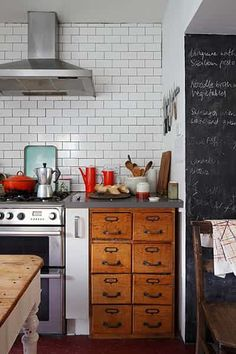 Space gallery: Tiled hob in kitchen