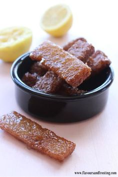 An fast way of making Koeksister, a traditional South African dessert recipe. In this recipe we use bread instead of dough. South African Desserts, West African Food, South African Recipes, Candy Recipes, Fish Recipes, Dessert Recipes, Yummy Treats, Sweet Treats, Malaysian Food