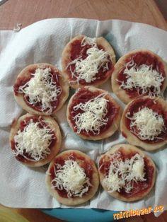 Minilangoše Pizza, Russian Recipes, Kitchen Hacks, Muffin, Lunch, Dinner, Breakfast, Dining, Morning Coffee