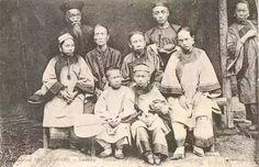 Chinese Family in Vietnam Tonkinese, Vietnam History, Hanoi Vietnam, Indochine, Old Photos, Laos, Architecture, Chinese, Tonkinese Cat