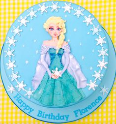 Inspired by Frozen, here is my interpretation of Elsa. Hand Painted Cakes, Cupcake Cakes, Elsa, Disney Characters, Fictional Characters, Frozen, Clip Art, Inspired, Disney Princess