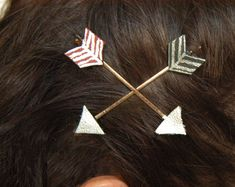 """Arrow Bobby Pins 