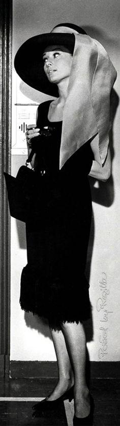 Regilla ⚜ Audrey Hepburn as Holly Golightly in Breakfast at Tiffany's (1961)