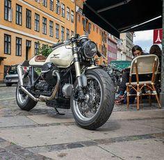 Moto Guzzi SP1000 custom cafe racer