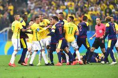 Técnico da Colômbia diz que Neymar merecia expulsão, mas critica seu time #globoesporte