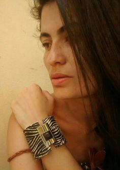Bracelete couro preto/branco étnico http://instagram.com/petalasdemaria