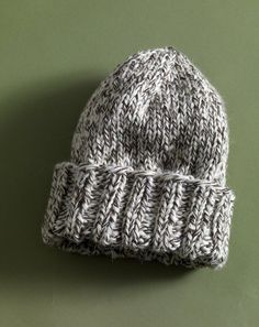 Easy Tweed Hat in Lion Brand Fishermen's Wool - 80958AD. Discover more Patterns by Lion Brand at LoveKnitting. The world's largest range of knitting supplies - we stock patterns, yarn, needles and books from all of your favorite brands.