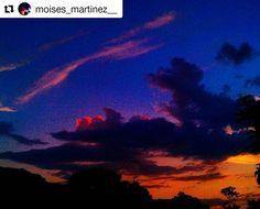 Repost @moises_martinez__ ✌📷 Etiquetanos, o taggeanos usando #TravelerSv para compartir tu fotografía ・・・ #paisajes #elsalvador #📷 #elsalvador🇸🇻 #naturaleza #atardecer #nubes #awesome #cloudscape #sunset #wonderful #amazing #sky #cloud #naturelovers #scenery #clouds #tree #colors #photography #travel #photo #sunset🌅 #paisaje #travelphotography #blue #nature by (travelersv). nubes #atardecer #amazing #clouds #colors #blue #photo #wonderful #awesome #nature #scenery #cloud #elsalvador…