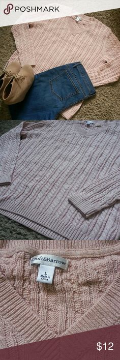 V Neck Sweater Pale pink sweater with subtle gold shimmer detail. Great Condition, clean and no snags. croft & barrow Tops