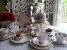 $147 Perfect Cottage, Shabby Chic English Tea Set, 16 pieces, Tea For 4  This one of a kind set includes:  1 Four cup Price Kensington Teapot,