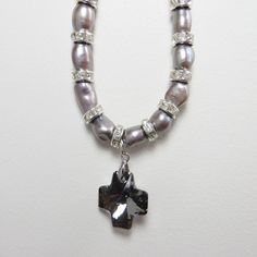 Ingénue Necklace - Dark Grey Pearl - French Pear Gifts