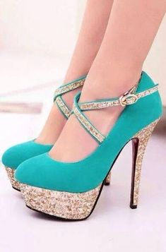 Schuhe Hohe Glitzer – Türkise Schuhe More from my siteGlitter High Heels – Ombre Pumps – Platform Prom Shoes – … Stilettos, Strappy High Heels, Stiletto Heels, Prom Heels, Dream Shoes, Crazy Shoes, Me Too Shoes, Heeled Boots, Shoe Boots