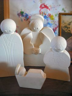 Nativity set. I would love to make this from clay...so awesome.