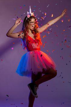 Especial de Carnaval! Fantasia de Unicórnio Dyi Costume, Costumes, Unicorn Bedroom, Grumpy Cat, I Party, Bffs, Cosplay, 30th Birthday, Fall Halloween