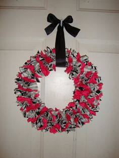 Zebra print and Hot Pink rag wreath!     Etsy.com/shop/Kreationsbykia