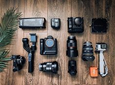 Equipment = Inspiration Flag a friend who needs more equipment Photo by rentorlend Photography Cheat Sheets, Photography Gear, Photography Equipment, Video Photography, Iphone Accessories, Camera Accessories, Best Film Cameras, Camera Gear, Camera Rig