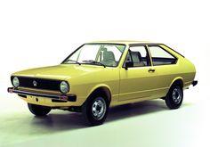 Volkswagen #Passat de 1975 - O Volkswagen Passat é o nono modelo mais vendido com mais de 15,5 milhões de versões vendidas desde 1973.