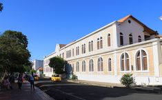 """""""The Julio Pérez Ferrero is the biggest and most important library in the north of Santander, founded in ... 1919. ... This Cúcuta library now lives in the former San Juan de Dios hospital building, a national monument. Besides its book and document collection, the Julio Pérez Ferrero library is a language teaching ..."""""""