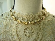 Coro Vintage Gold Tone Choker, Necklace, Swirl Design, Costume Jewelry, Authentic Vintage  /N171