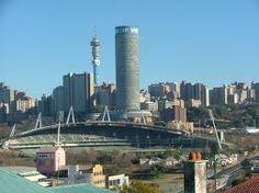 Joburg City :) My home Johannesburg Skyline, African Image, San Francisco Skyline, South Africa, Landscape Photography, New York Skyline, Travel Destinations, Beautiful Places, Viajes