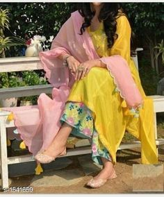 Indian kurta dress With dupatta sharara palazzoTop Tunic Set blouse Combo Ethnic Pakistani Dress Design, Pakistani Dresses, Indian Dresses, Indian Outfits, Punjabi Dress, Indian Attire, Indian Wear, Girls Designer Clothes, Clothes For Women