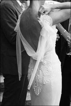 novias con escote en la espalda