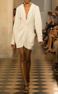 Twist Front Blazer Dress by Jacquemus Runway Fashion, High Fashion, Feminine Style, Feminine Fashion, Blazer Dress, White Style, Aesthetic Clothes, Sexy Dresses, Dress To Impress