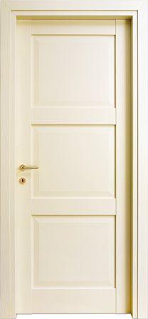 #porta modello 3B in #legno listellare. #Laccato Ral 1013 (Avorio). Linea Bugnata - Catalogo Aria. #arredare #casa #infissi