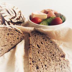 super Krume und knusprige Kruste Super, Bread, Food, Rye Bread, Wheat Free Recipes, Play Dough, Bakken, Food Food, Brot
