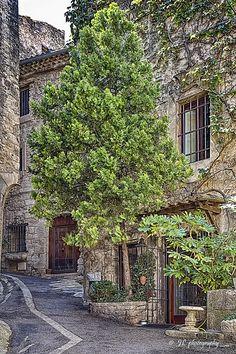 Bonnieux, Provence-Alpes-Côte d'Azur_ France