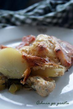 Potato casserole with chicken Potato Casserole, Chicken Casserole, Potatoes, Eggs, Breakfast, Food, Chicken Stuffing Casserole, Morning Coffee, Potato