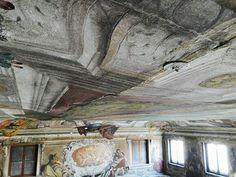 Restauro del soffitto della sala degli specchi