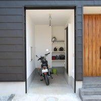 バイクガレージ 二階リビング 小上がり ロフト ルーフバルコニー