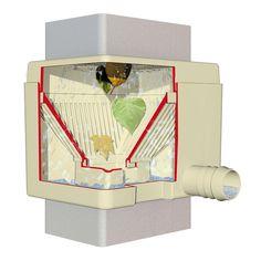 Lapač vody Quattro je určen pro zachytávání dešťové vody z oválných a hranatých svodů přímo do sudu či nádoby. Lze jej pomocí páčky snadno přepnout mezi letním a zimním režimem. V zimním režimu sběrač nepřivádí vodu do nádrže, všechna protéká svodem pryč. Container, Shop, Store