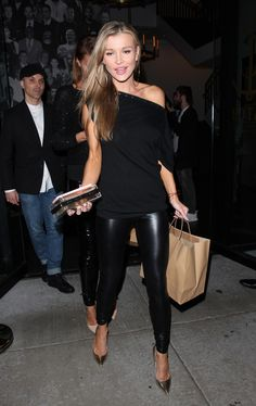 50 Gorgeous Fashion Style Ideas from Our Supermodel Joanna Krupa - Nona Gaya Dinner Outfits, Night Outfits, Outfit Night, Clubbing Outfits, Dressy Outfits, Sexy Outfits, Joanna Krupa, Leather Leggings Outfit, Faux Leather Leggings