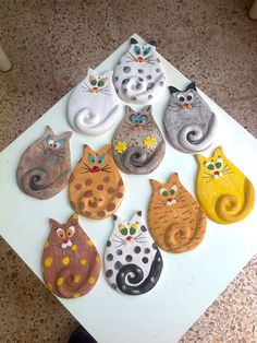 Clay Projects For Kids, Clay Crafts For Kids, Kids Clay, Crafts For Teens To Make, Polymer Clay Projects, Felt Crafts, Homemade Clay, Clay Cats, Clay Ornaments