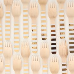 Premium eco-friendly Gold Foil Stripe Wooden Forks by the stylish partyware brand Sambellina. Check out the gold range of partyware at Hip & Hooray! Wooden Fork, Easter Table, Craft Party, Forks, Gold Foil, Craft Gifts, Party Supplies, Decorations, Crafts
