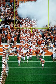As an ardent Association Football (soccer )fan I never thought I'd come around to enjoying American Football. I was wrong. After watching a few matches and the super bowl 2017 I was hooked. I'll be right at home in Austin's football-crazy culture. Texas Longhorns Football, Ut Longhorns, Oklahoma Sooners, College Football Teams, Football Boys, Alabama Football, Texas Football Game, High School Football, Football Stadiums