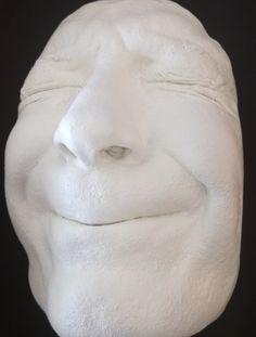 akár az arcod is le tudod vele másolni Sculpture, Statue, Products, Sculptures, Sculpting, Gadget, Carving