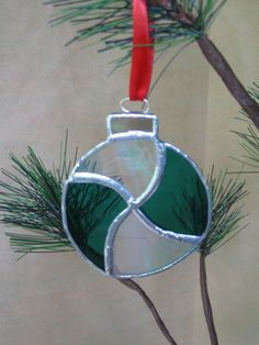Hey, I found this really awesome Etsy listing at https://www.etsy.com/listing/190241119/stained-glass-christmas-tree-ornament