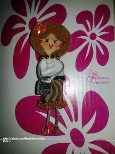 Muñeca broche con un toque leopardo!  www.facebook.com/RegalosEspeciales/