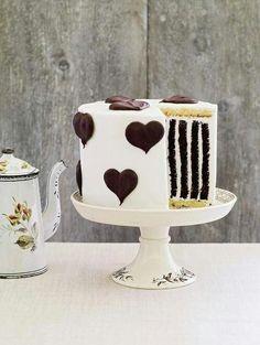 #KatieSheaDesign ♡❤ ❥  Pretty cake